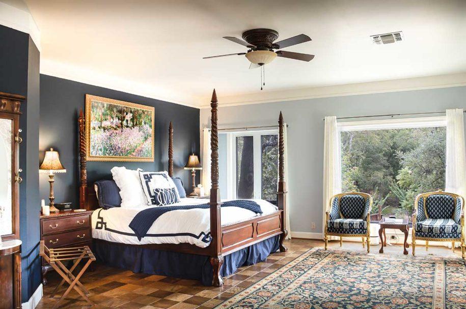wide shot of blue bonnet guest room