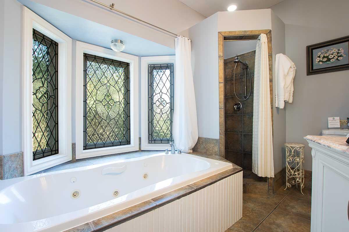 Bluebonnet bath shower